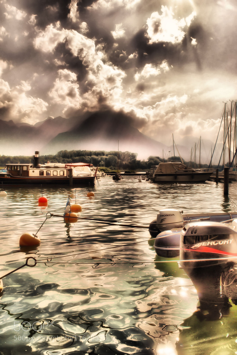 Photograph under the sun by Fabio Kan on 500px