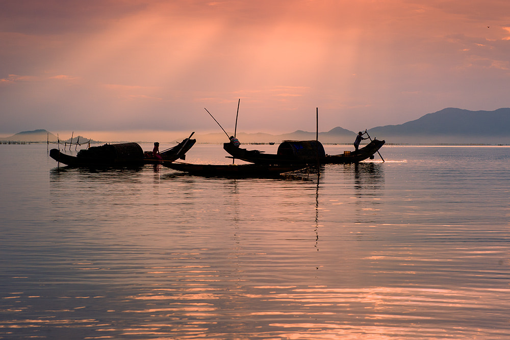 Photograph Morning in Dam CauHai by Hai Thinh on 500px