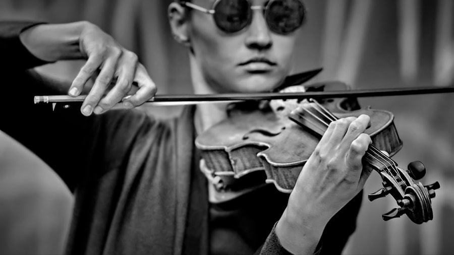 music in the hands of... by Konstantin Vodolazov on 500px.com