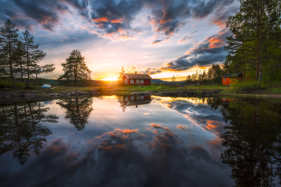 The Frame by Ole Henrik Skjelstad