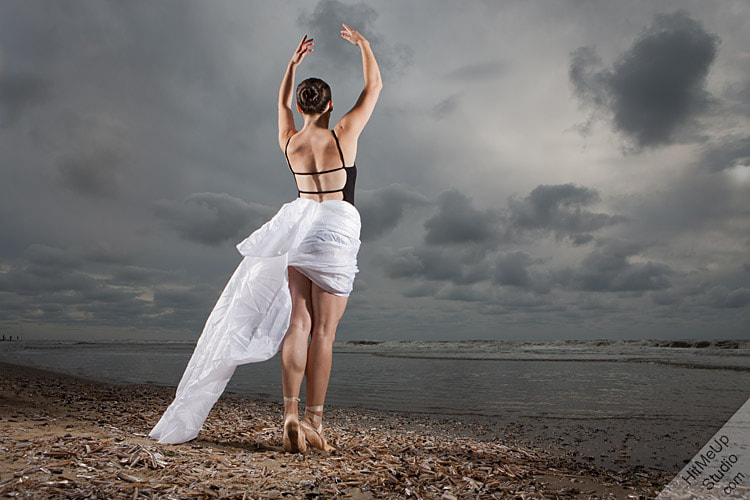 Photograph Ballet III by John Cluderay on 500px