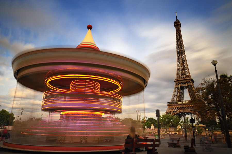Photograph carousel on paris by Julien Guglielminetti on 500px