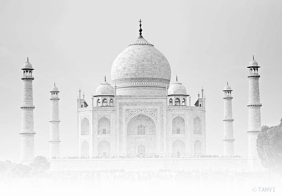 Photograph The Taj  by Tanvi Sharma on 500px