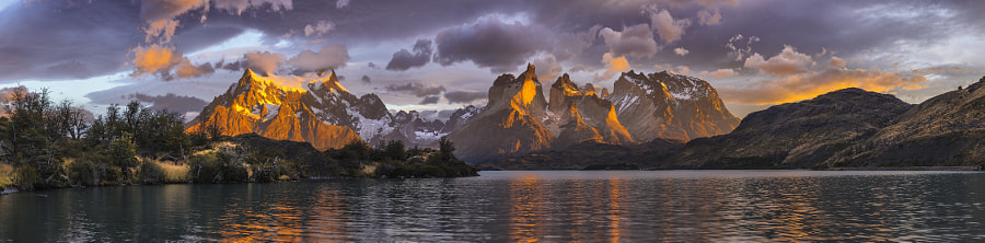 242,242.jpg by Timothy Poulton on 500px.com