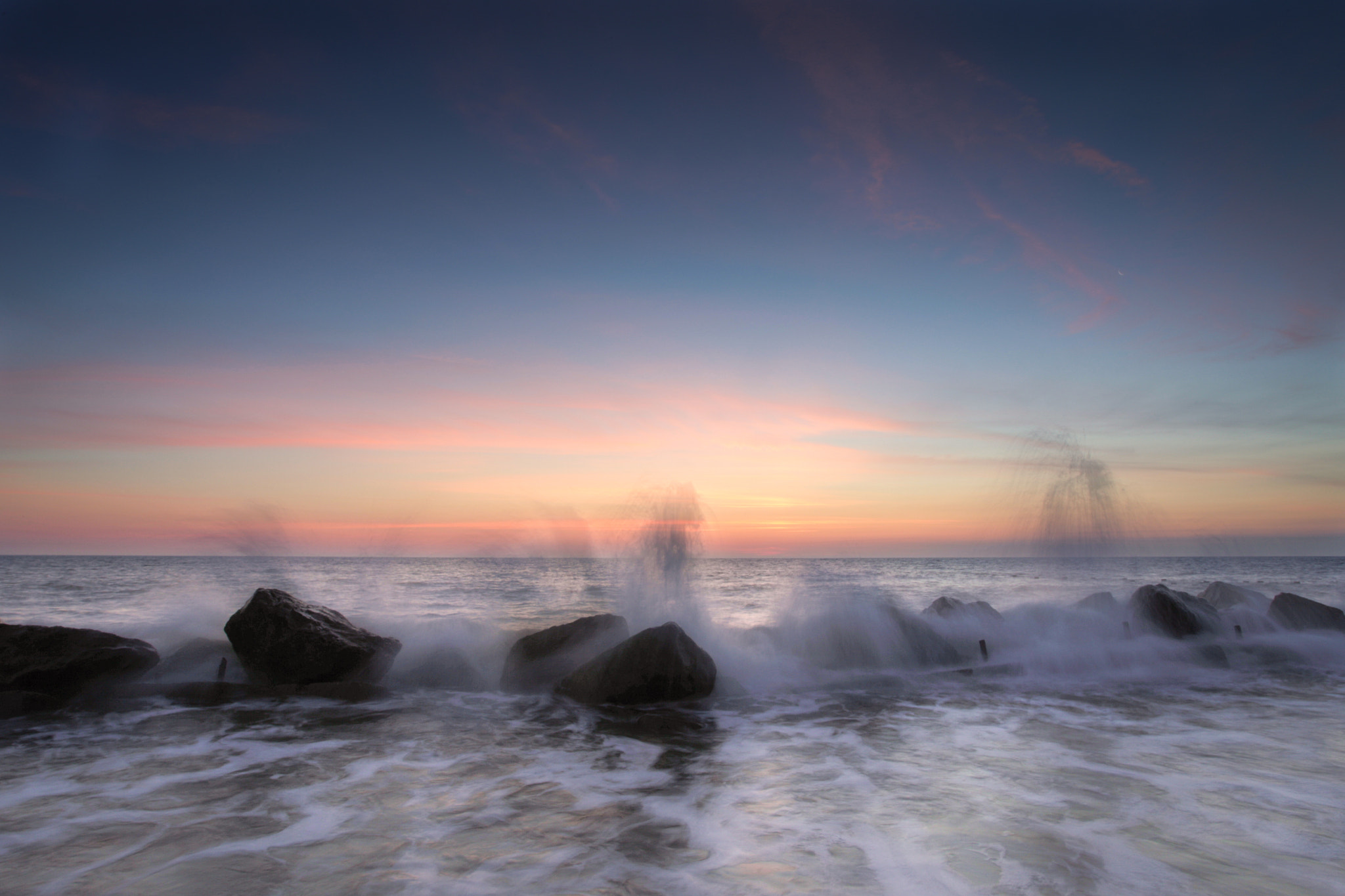 Photograph Dances with Waves by Simon Wrigglesworth on 500px