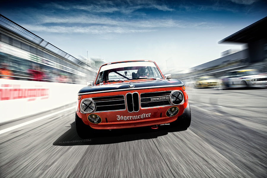 Photograph BMW 2002 by Ivan Barinov on 500px
