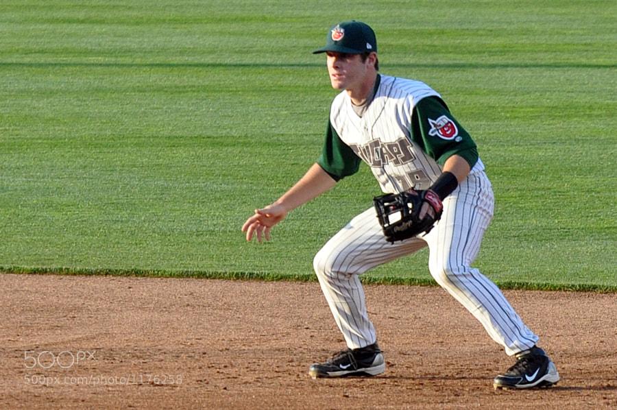Fort Wayne TinCaps second baseman fielding a hit.