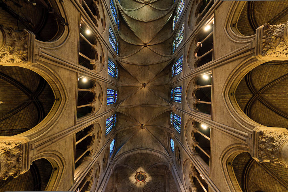 Photograph Cathedral de Notre Dame by Harmeet Gabha on 500px