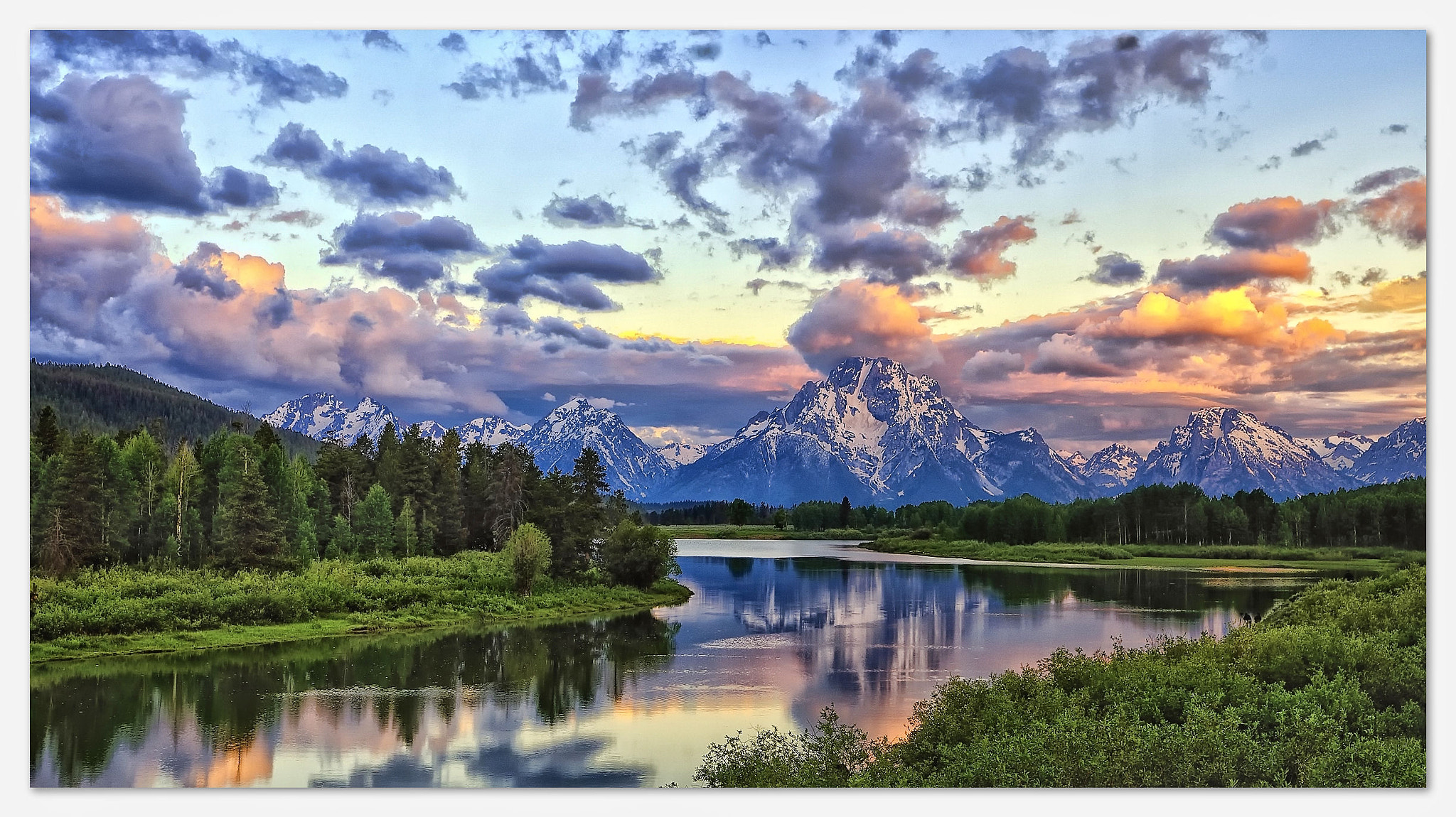 Photograph First Light at Oxbow Bend by Dave Hensley on 500px