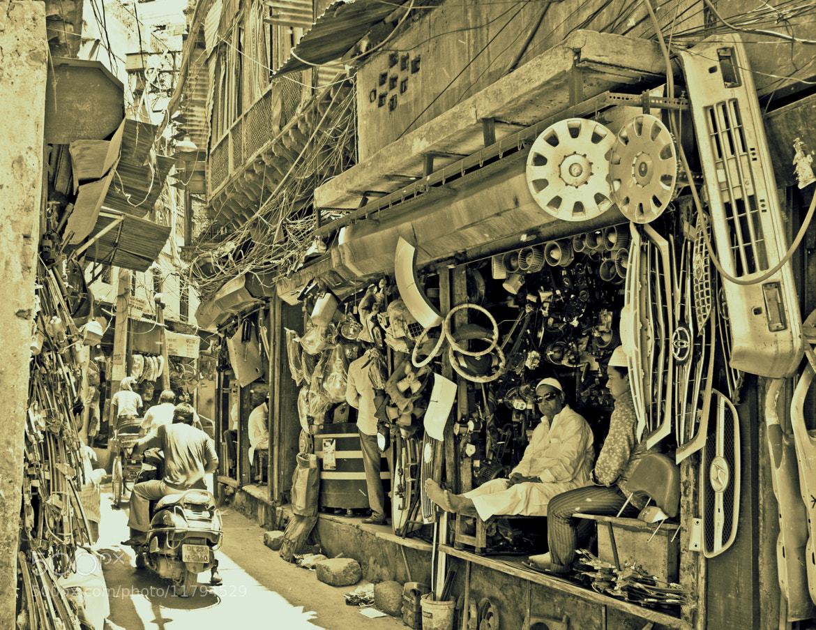 Photograph Chandni Chowk (2) [Old Delhi] [4 dislikes..!! and counting] by Samrat  Mukhopadhyay on 500px