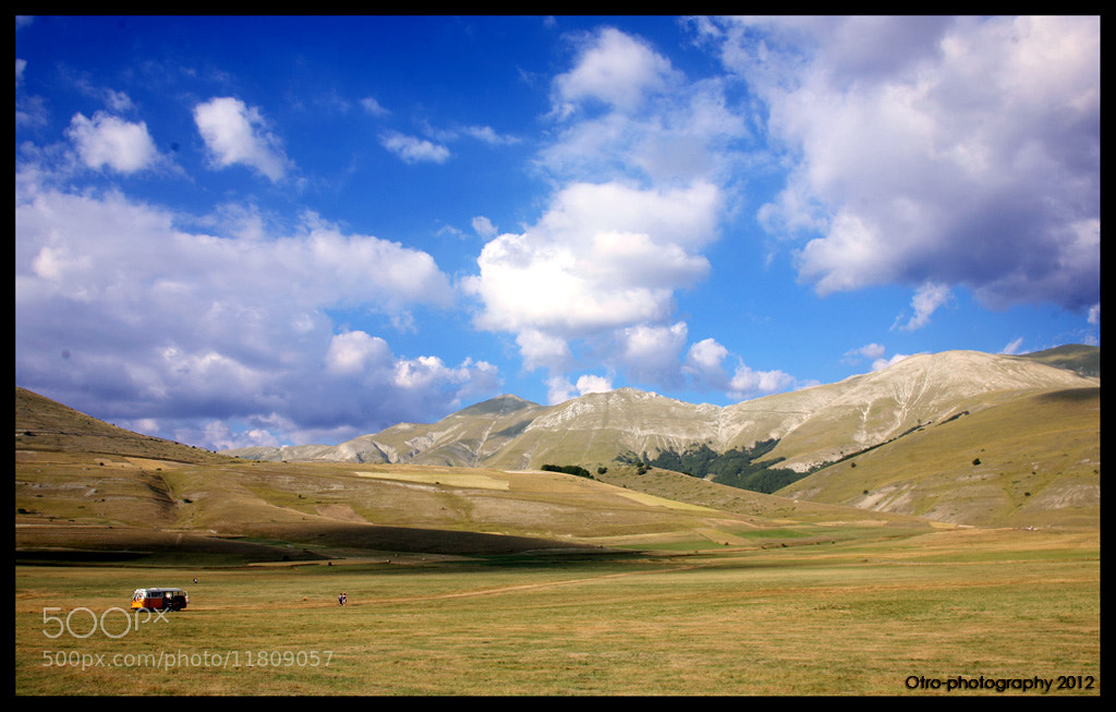 Photograph Bully in Castelluccio by Federico Pigini on 500px