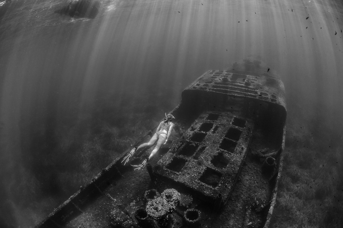 Photograph Walk over a wreck by Eric Volto on 500px