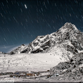 Himalayan star shower by Dima Chatrov (dimachatrov)) on 500px.com