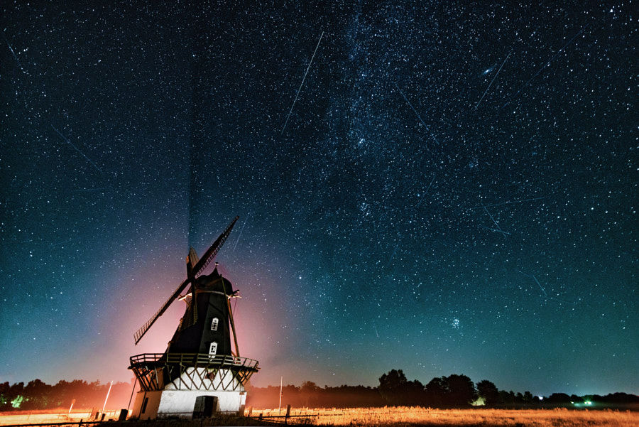 Shy Perseids by Mark Finney on 500px.com