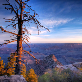 East Rim Morning by Kevin Hughes (theatresky)) on 500px.com