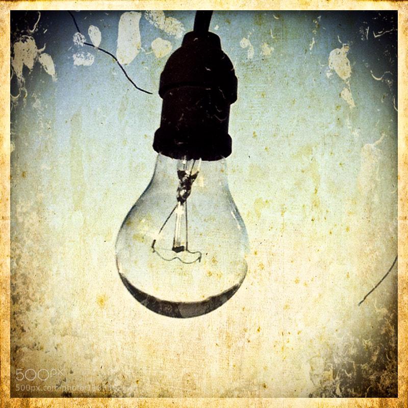 Lightbulb by carlos restrepo (carlosrestrepo) on 500px.com