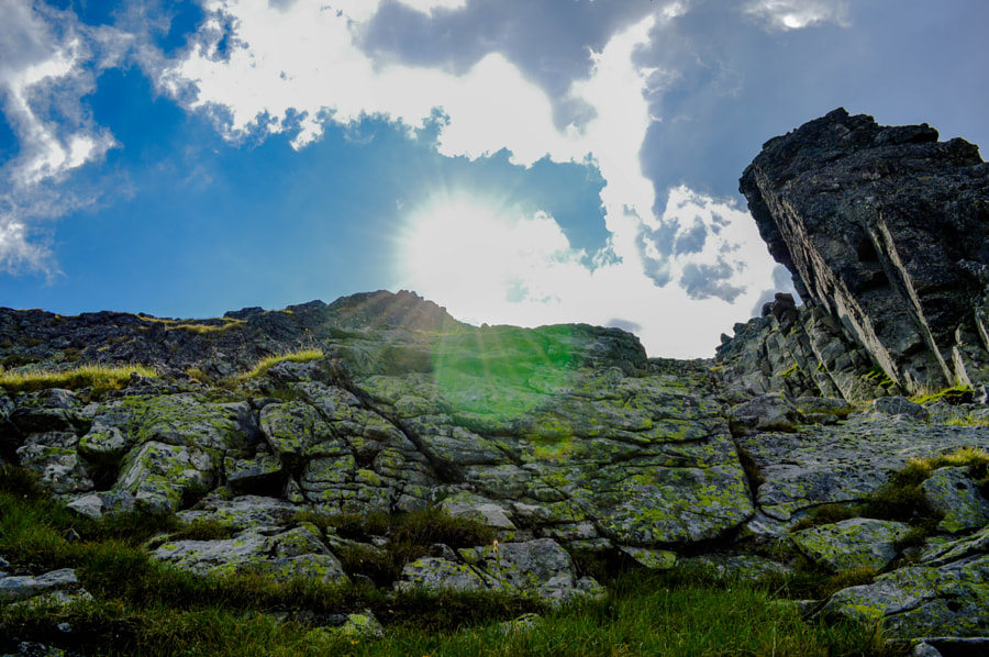Rocks and sun by Radoslav Zarkov on 500px.com