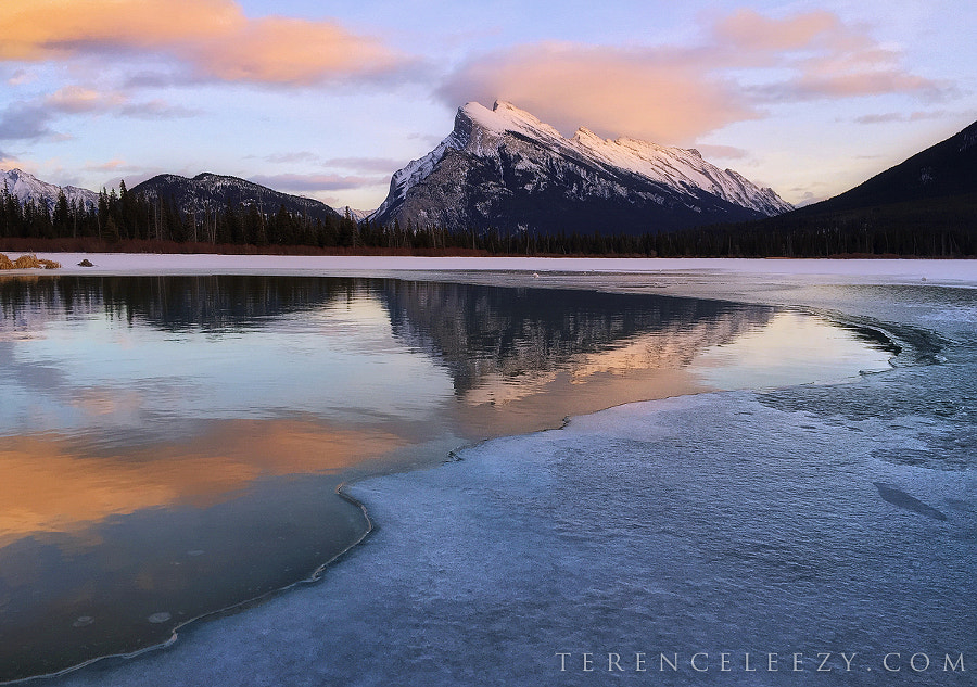 iPhone6 Banff by Terence Leezy on 500px.com