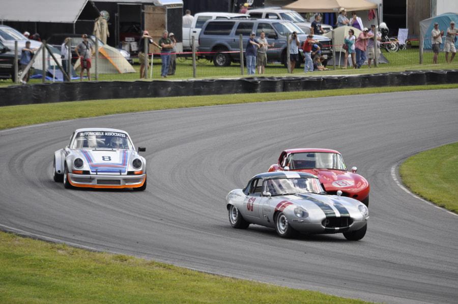 Vintage racing at Thompson speedway