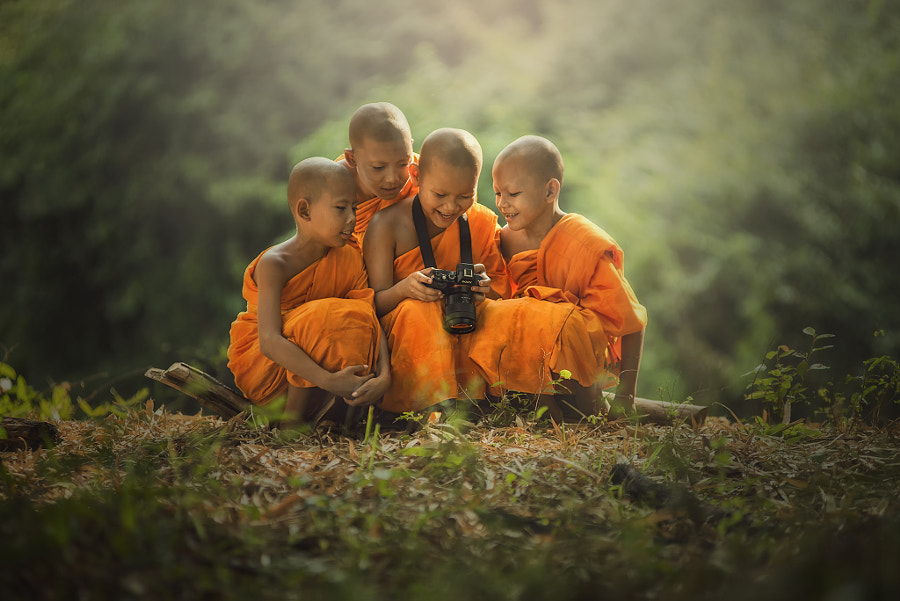 Novice buddist monk photography. by sarawut Intarob on 500px.com