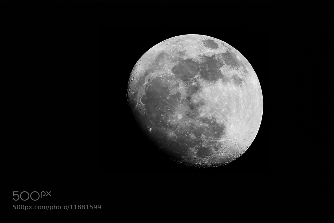 Photograph The amazing moon by Janis Vogt on 500px
