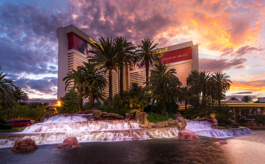 Las Vegas Mirage, The Beatles Love