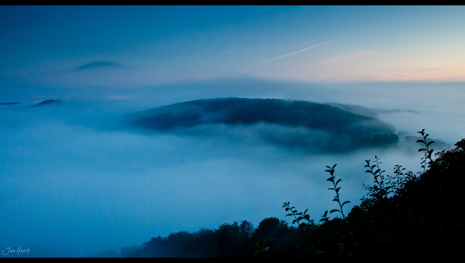 Photograph The Island in the Sea of Fog by Jan Geerk on 500px