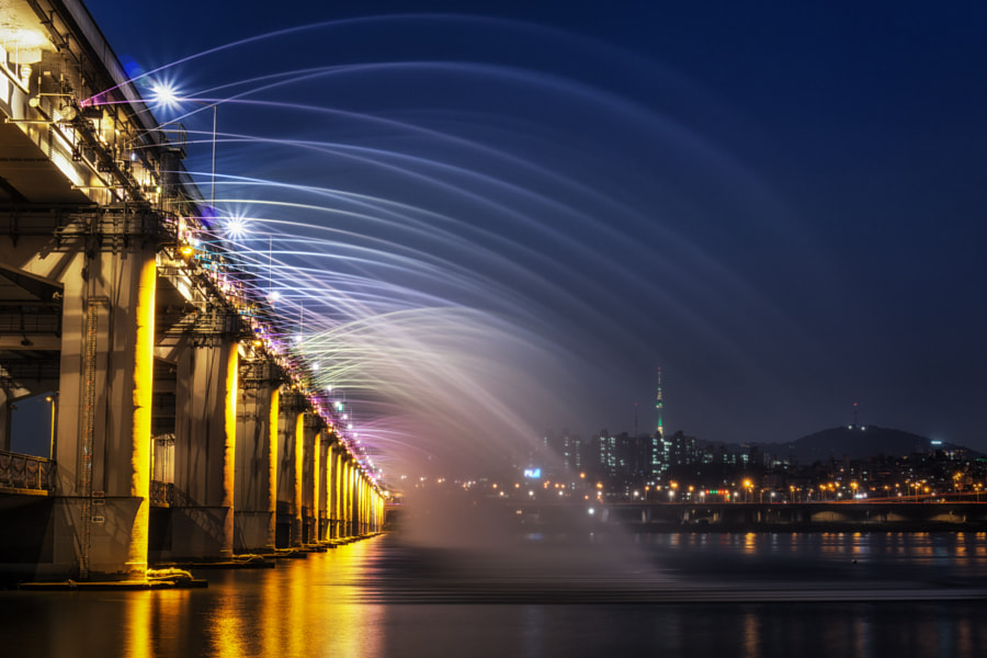 Photograph Rainbow Fountain Bridge by Aaron Choi on 500px