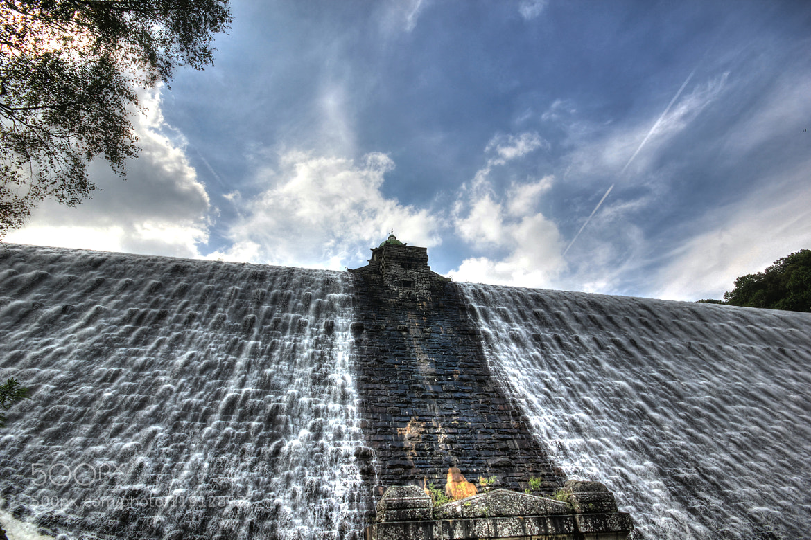 Photograph Looking up at it coming down by Tony Jones on 500px