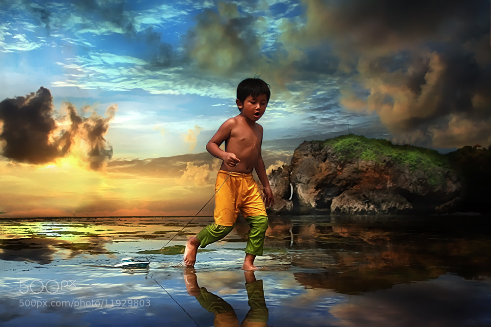 Photograph Play in The Morning by 3 Joko on 500px