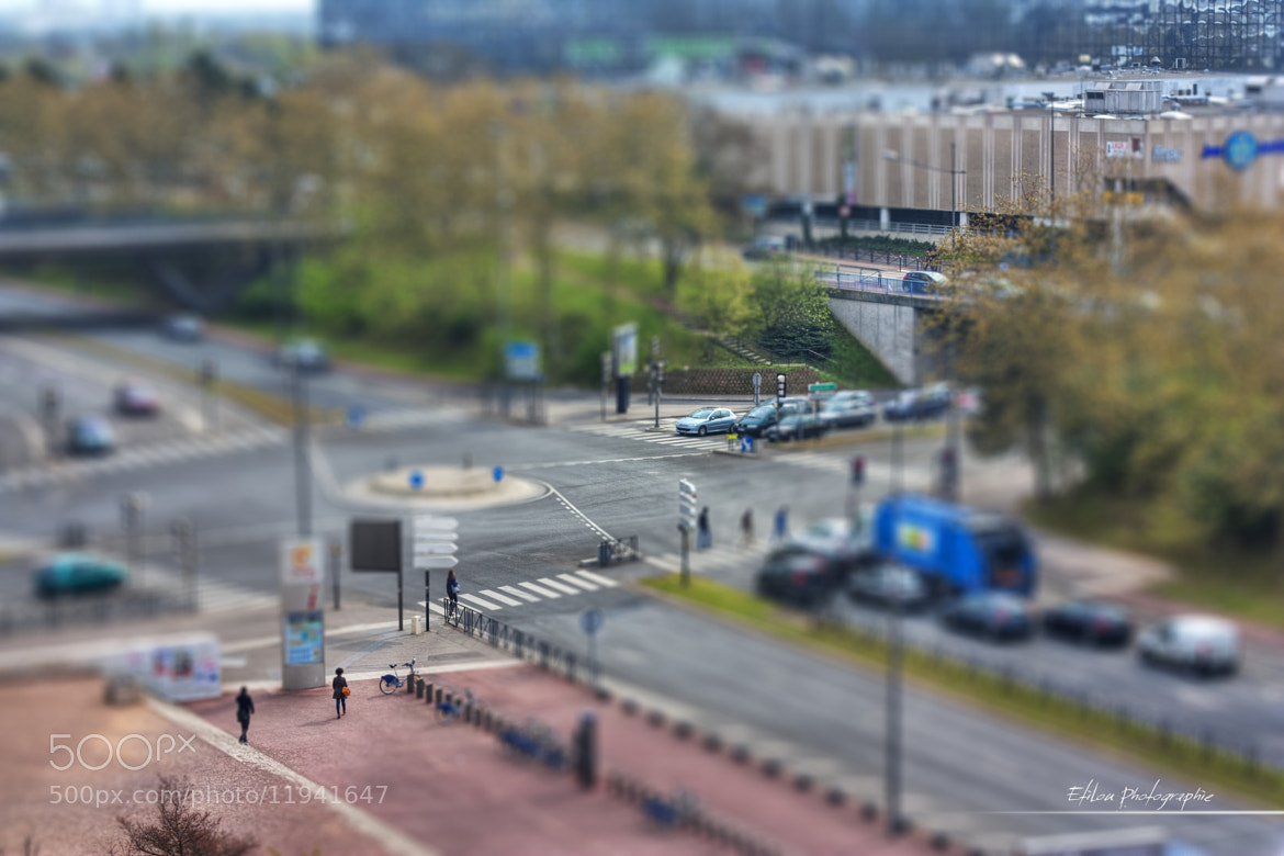 Photograph Boulevard du Port Miniature by Etienne Louis on 500px