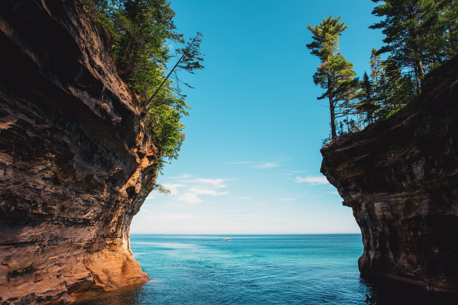 Pictured Rocks by Kyle Kuiper on 500px