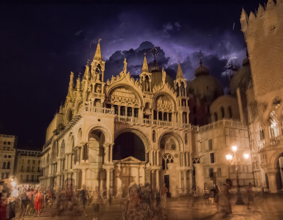 Thunder above Basilica San Marco