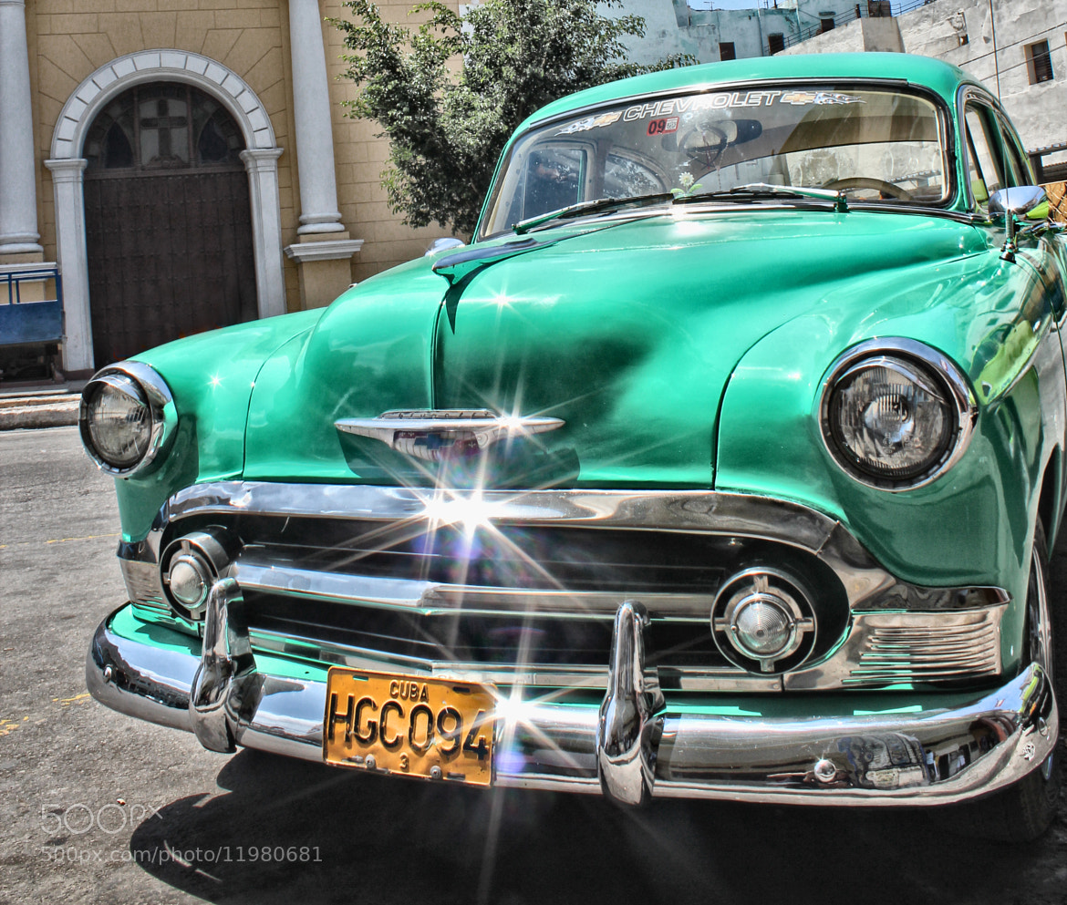 Photograph Old green chevrolet by Victor castillo on 500px