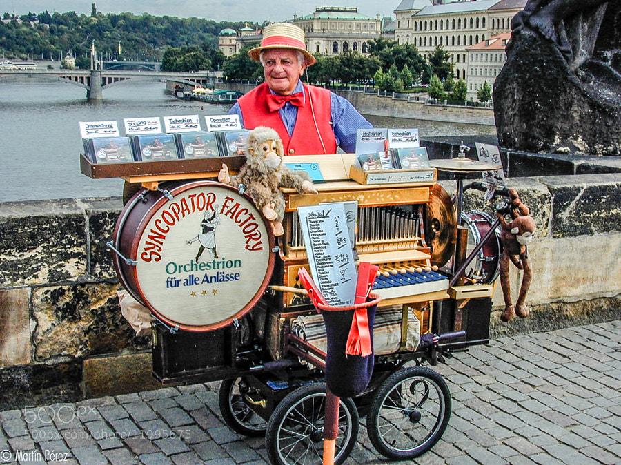 Photograph popular musician in Prague by Martín Pérez on 500px