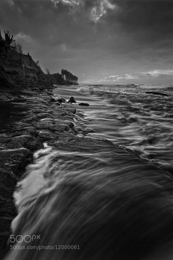 Photograph MANYAR BEACH by ManButur Photography  on 500px