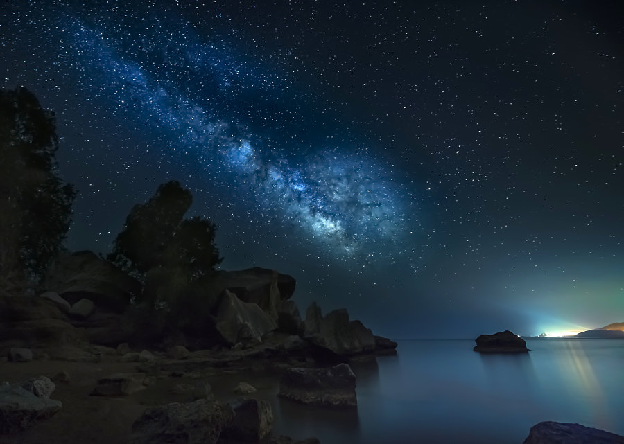 Light Games by panagiotis laoudikos