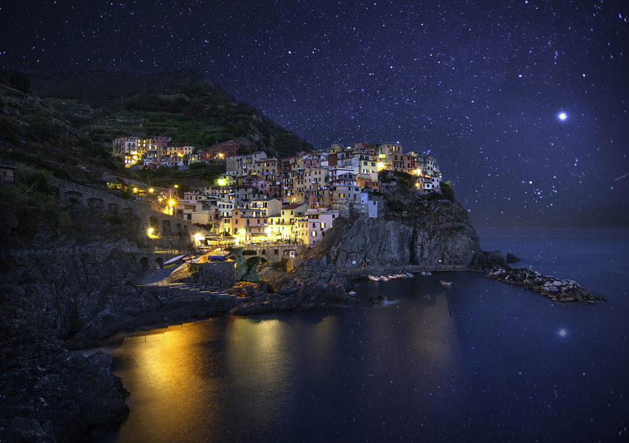 Photograph Starry night in MANAROLA by Thanh Kotaro on 500px