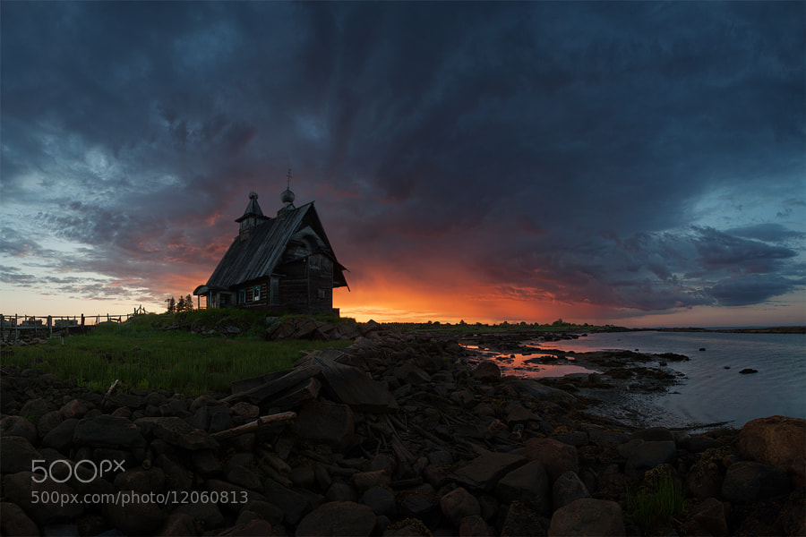 Photograph The old church on the coast of White sea by Sergey Ershov on 500px