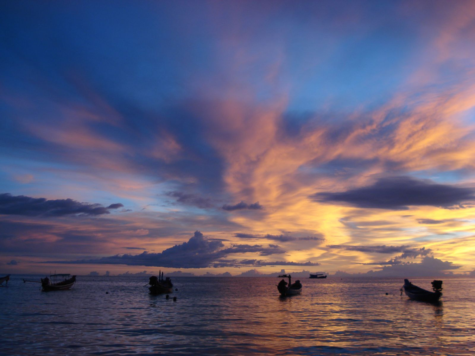 Photograph Sunsets at Koh Tao by Andrew Sutters on 500px
