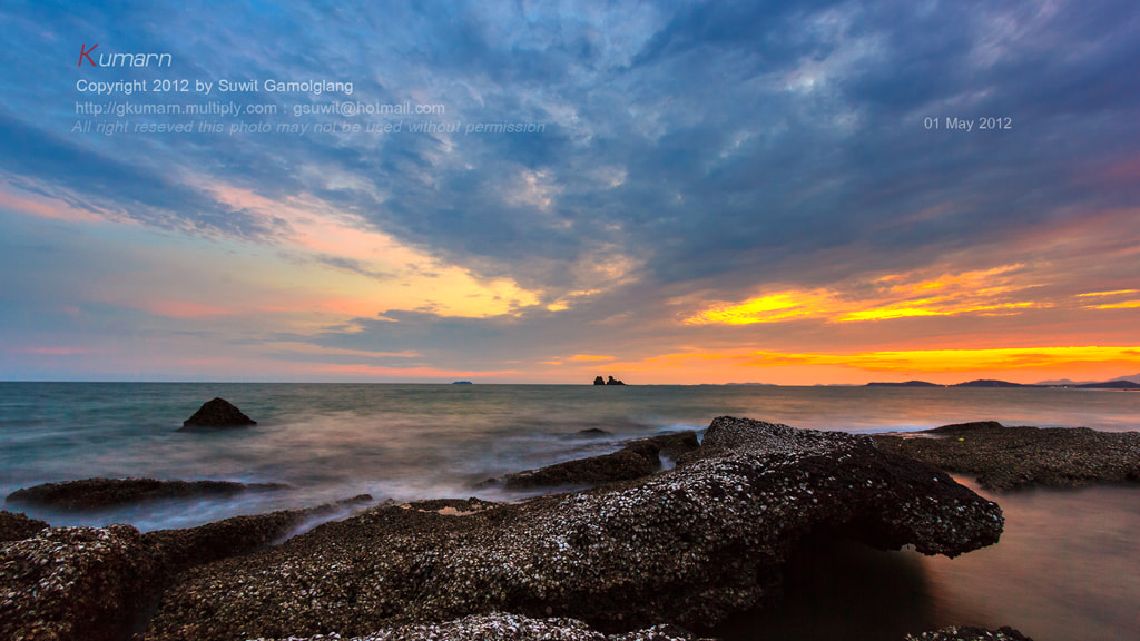 Photograph Rock on beach by Suwit Gamolglang on 500px