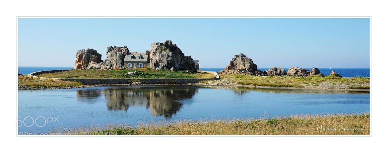 Photograph La maison entre les rochers by PhotoPhil Ardèche on 500px