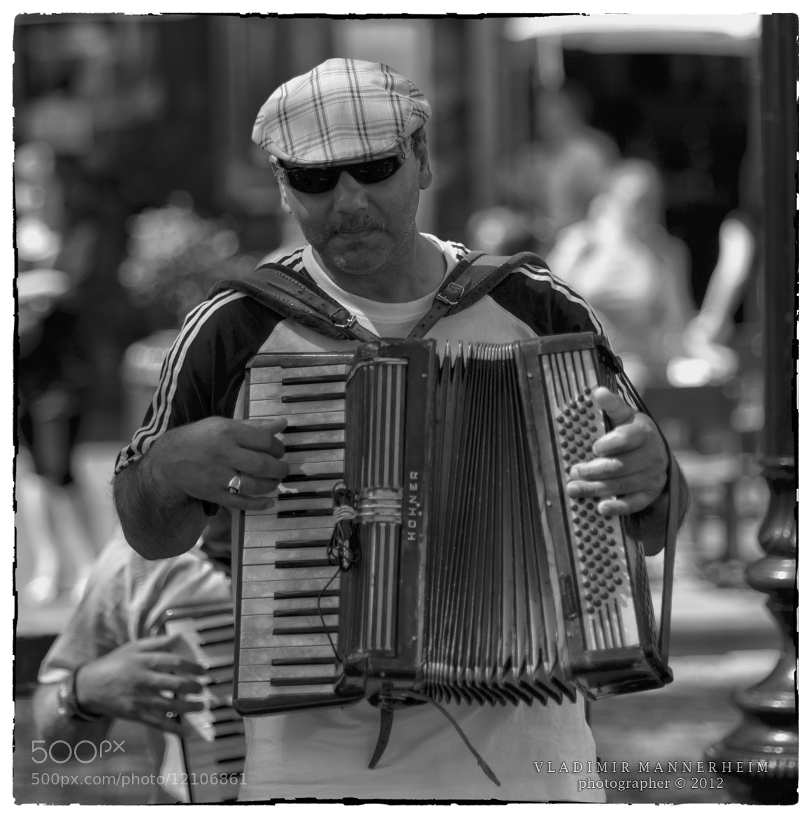 Photograph Accordionist in Brussels by Vladimir  Mannerheim on 500px