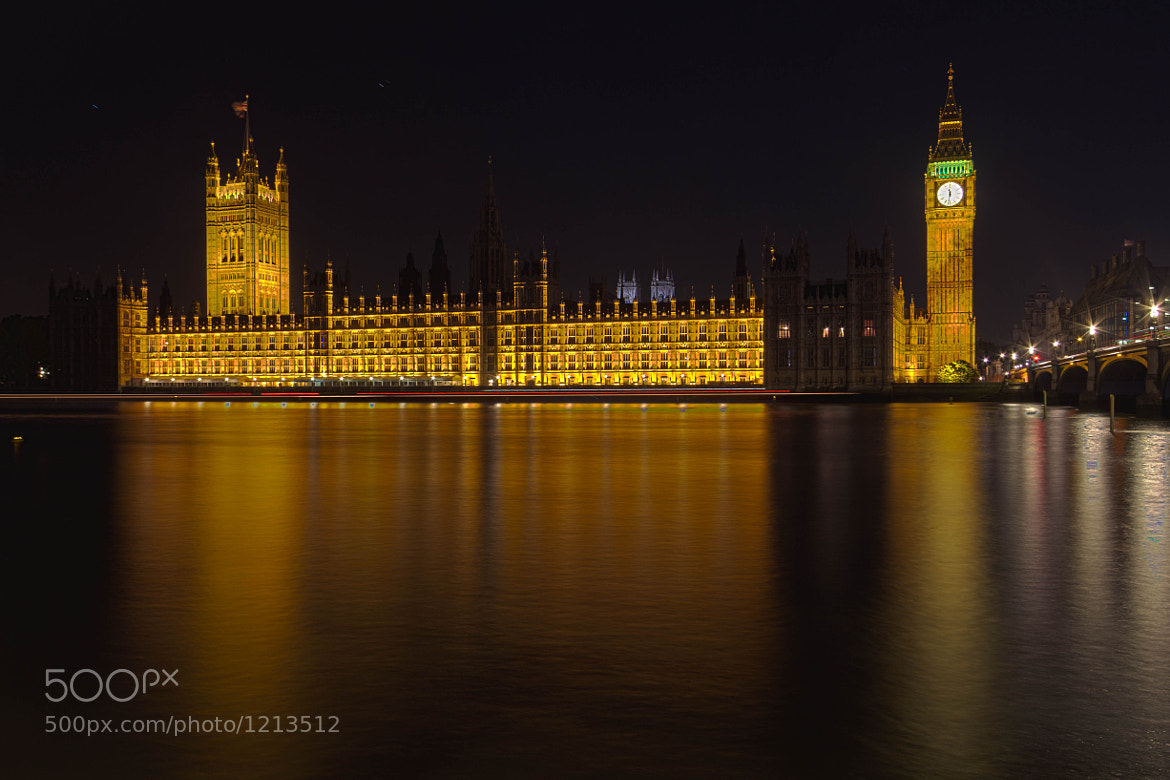Photograph House of Parliaments at night by Laurent Meister on 500px