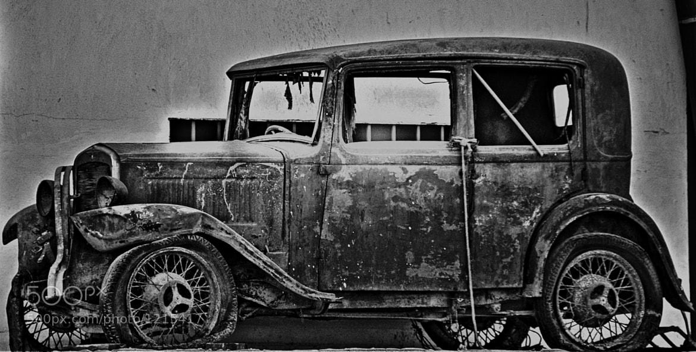 Photograph Coche viejo / Old Car by Andrés J. Márquez on 500px