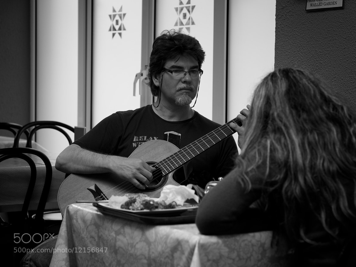 Photograph Guitarman by Kevin Burns on 500px