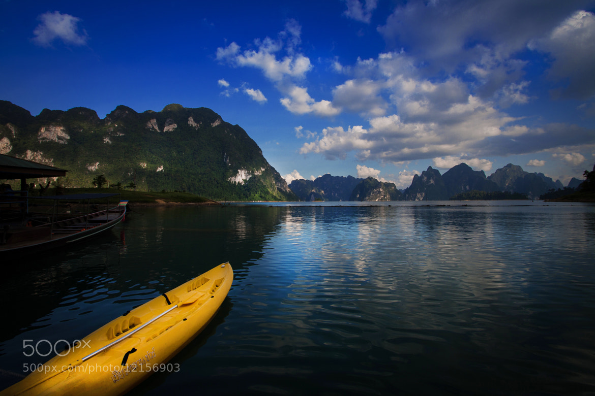 Photograph raft by Tommy Kasay on 500px