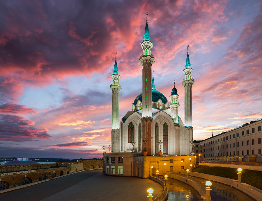 Kul-Sharif Mosque by Artyom Mirniy on 500px.com