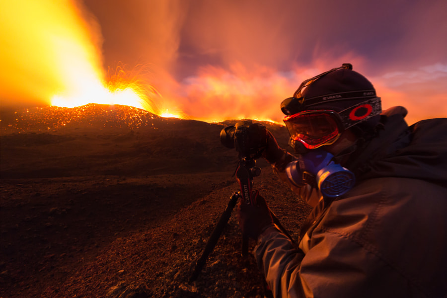 Photographer during volcanic eruption by LR Photographies on 500px.com