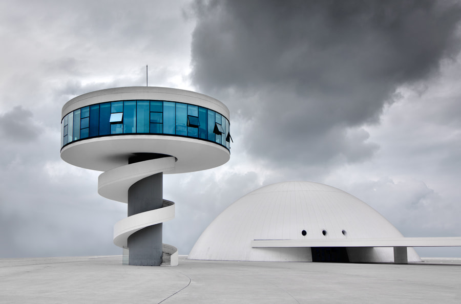 Photograph NIEMEYER by juandevillalba on 500px